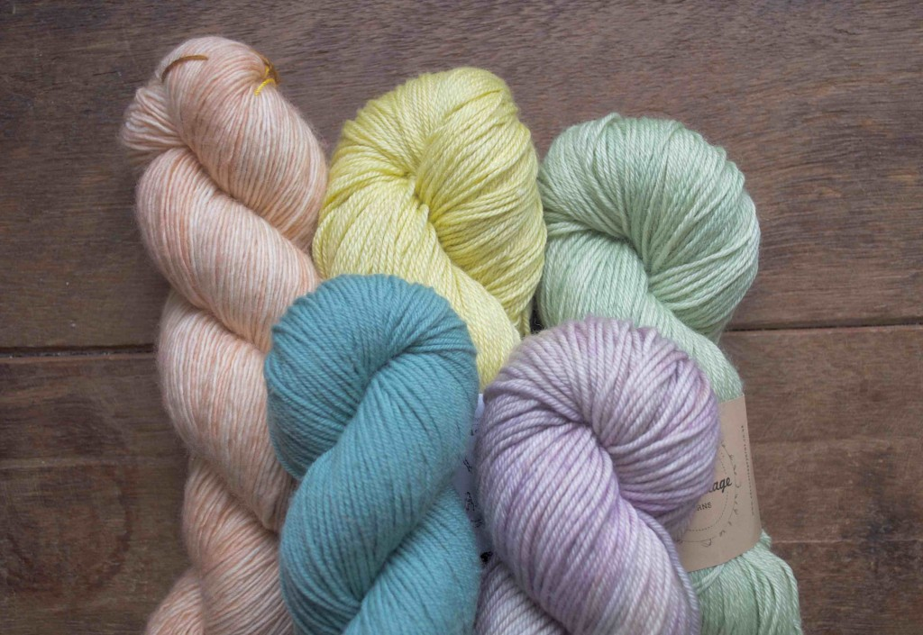 CW from L Madelinetosh Merino Light 'Pink Clay', Shalimar Breathless 'Peeps, Eden Cottage Yarns Bowland DK 'Misty Woods', Quince & Co. Finch 'Belize', Madelinetosh Vintage 'Dustweaver'.