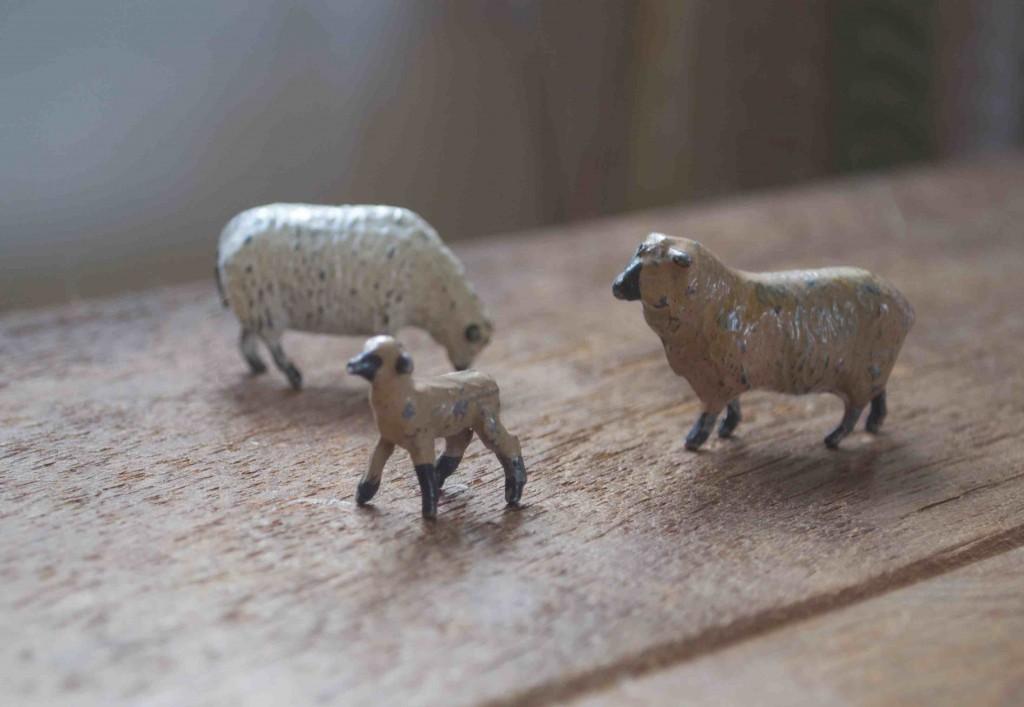 Vintage Lead Sheep