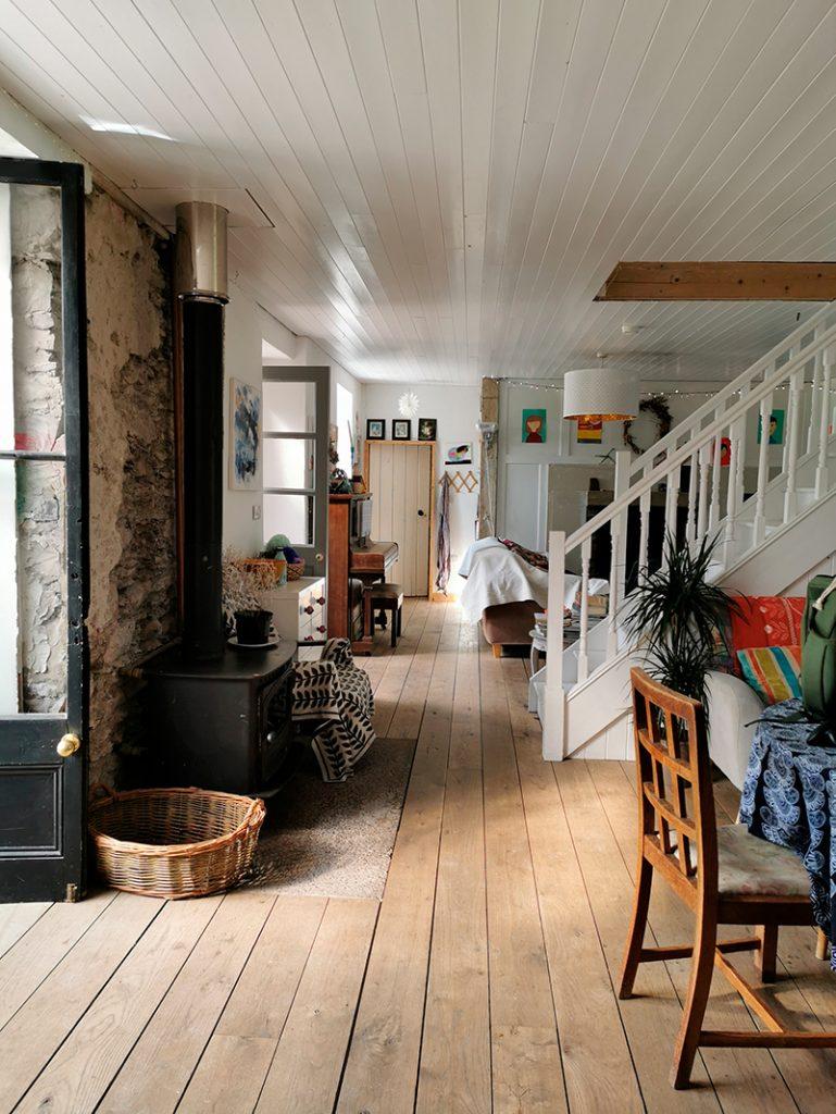 Through The Trees - studio house lifestyle