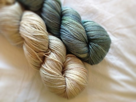 Skein Merino Silk Sport in Whitewash and Ao
