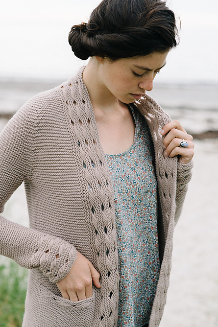 Beatrice Cardigan in Lark from Madder Anthology by Carrie Bostick Hodge. Photocopyright of Carrie Bostick Hodge.