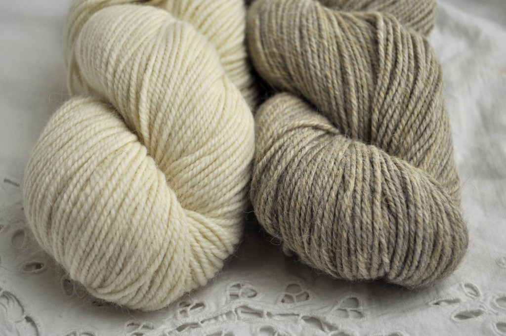 Berroco Ultra Alpaca Aran (L-R) 6201 Winter White and 62189 Barley.