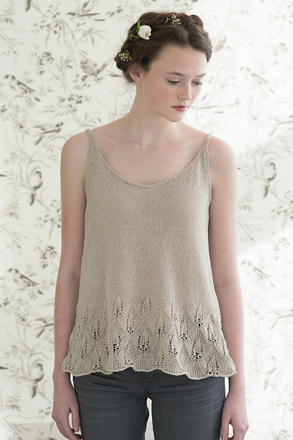 Azalea by Pam Allen for Quince & Co. Sparrow in Sans.
