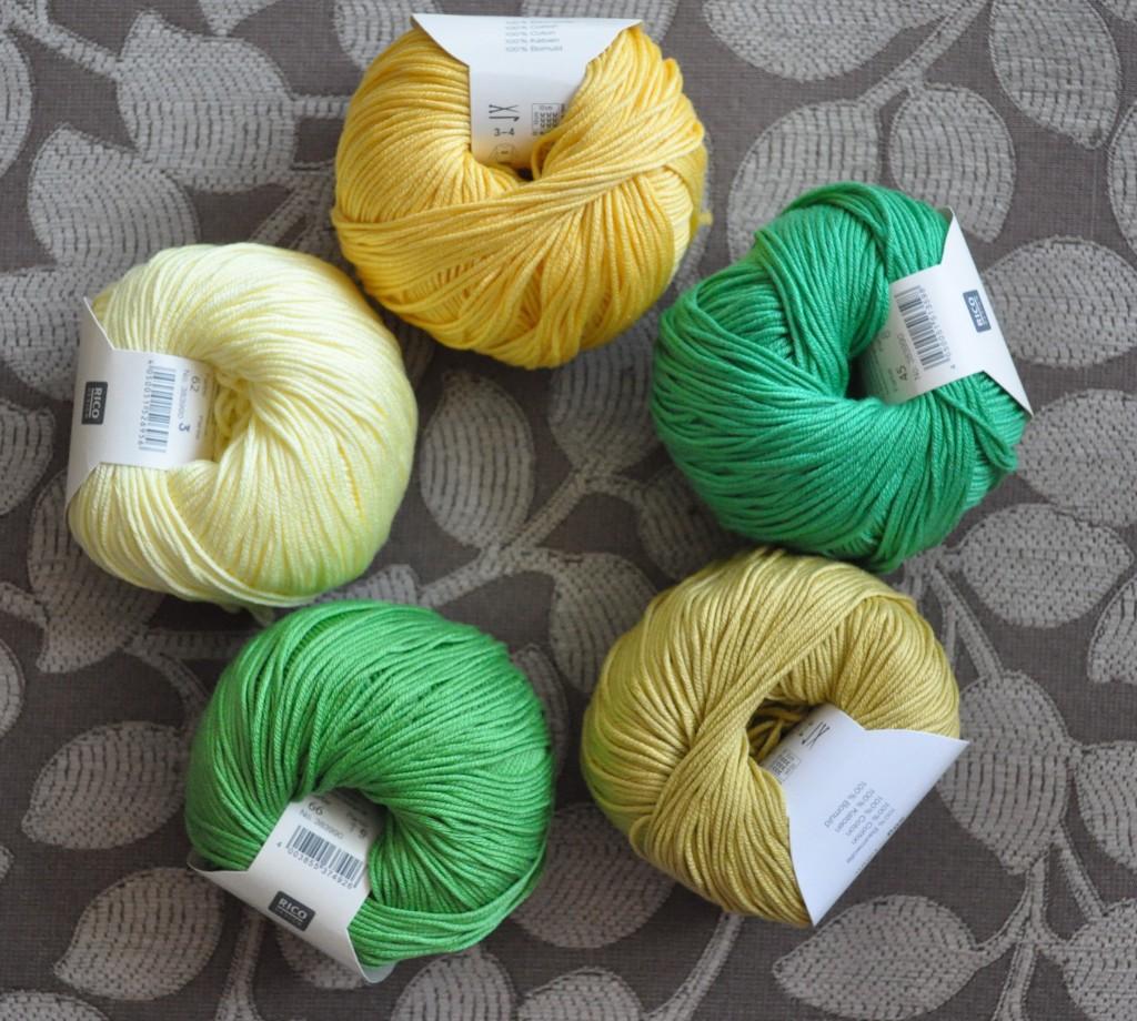 Rico - Cotton DK. CW from Top - 063 Banana, 45 Emerald, 61 Curry, 066 Grass Green, 062 Lemon.