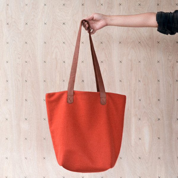 Twig and Horn Bag in Orange. Loop, London www.loopknitlounge.com