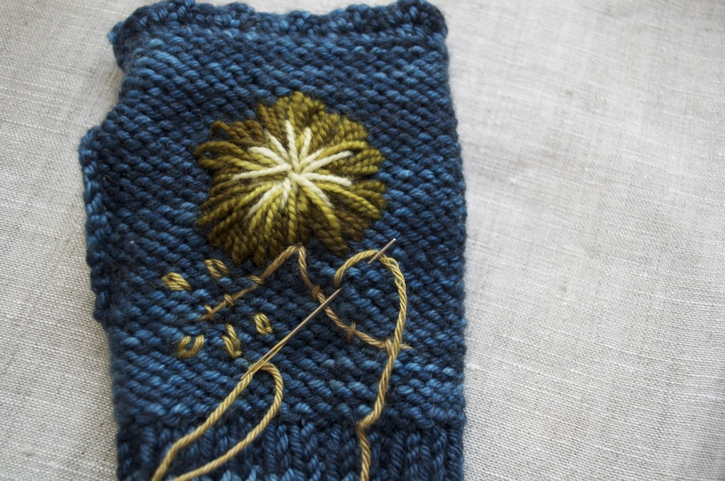 Rosemaling Mittens Embroidery Tips Loopknitlounge