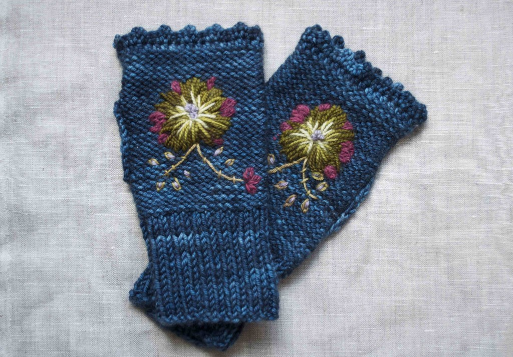 Rosemaling Mitts. Embroidery Tutorial, Pair of mitts. Loop, London www.loopknitlounge.com