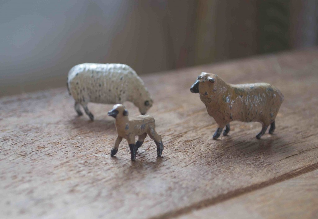 Vintage Lead Sheep
