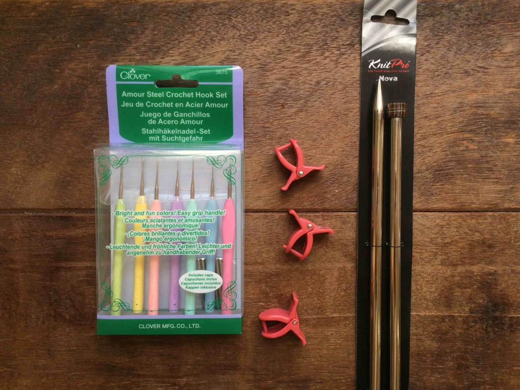 Amour Crochet Hook Set, Knit Clips, Nova Needles