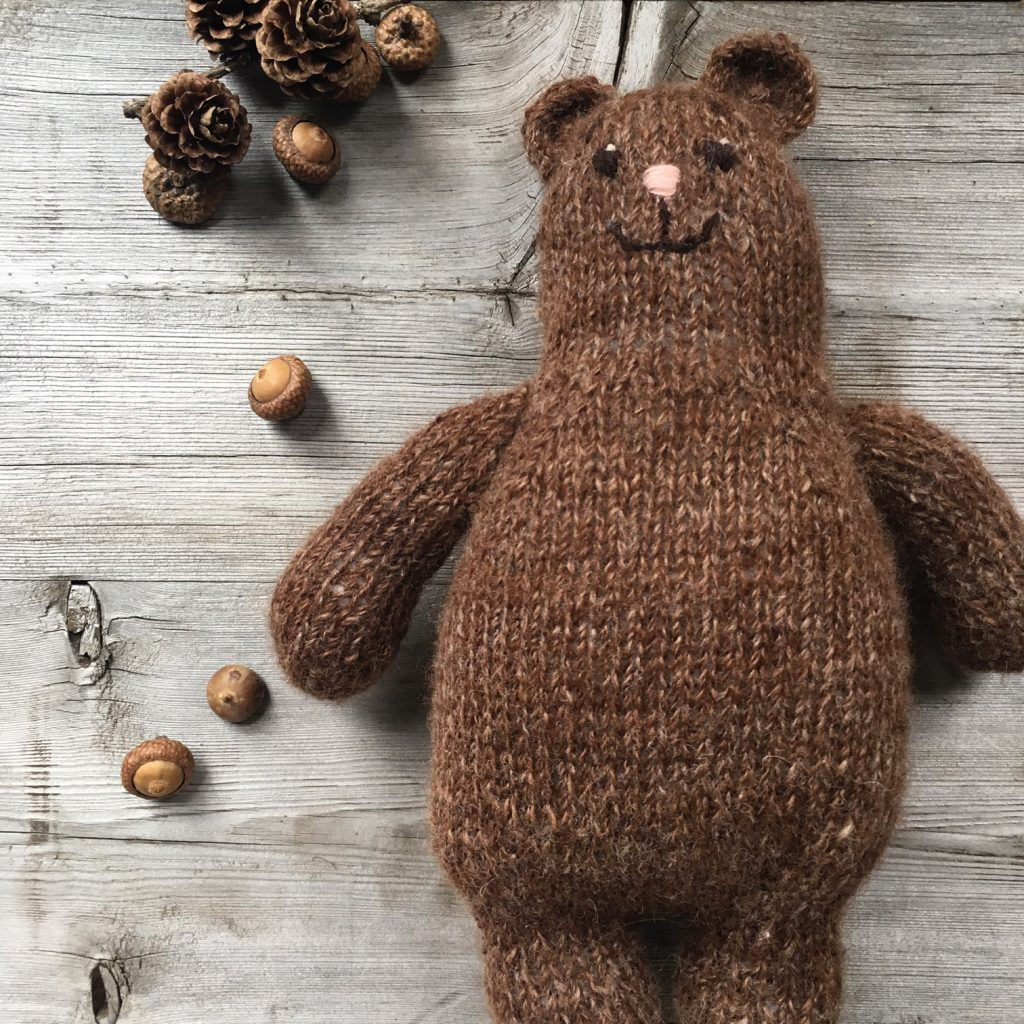 Otso Free Pattern – Our Christmas gift to you! – LoopKnitlounge