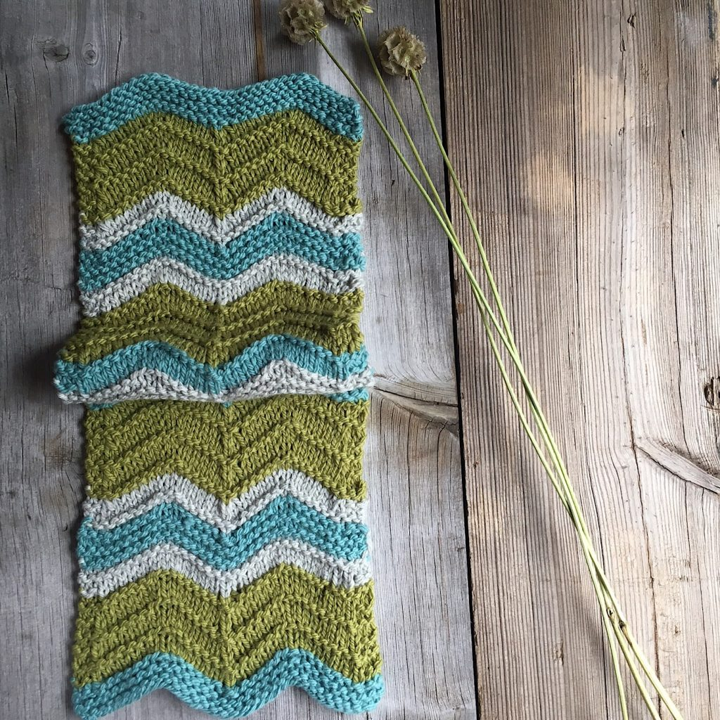 Free pattern, Grant, a chevron scarf made in Quince & Co Osprey from Loop London