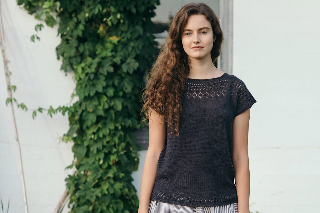 Top in Quince & Co Linen Sparrow at Loop London