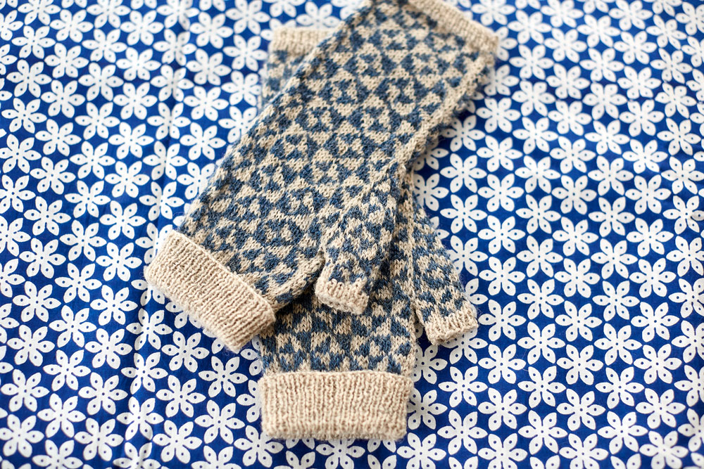Pinwheel Mittens at Loop London