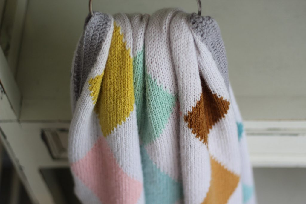 Harlequin Blanket Kit at Loop London