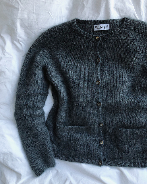 Copenhagen Cardigan by PetiteKnit on Ravelry